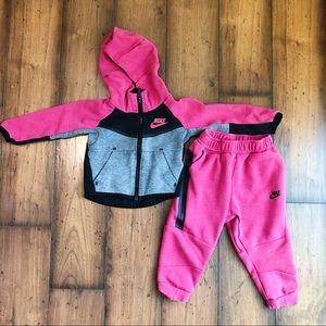 Nike Two Piece Toddler Girl Jacket / Pants